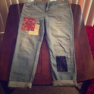 Brand New Chico's size 1.5 R jeans
